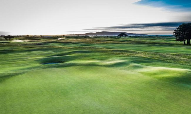 Image of the 18th green at The Royal Dublin Golf Club, North Bull Island, Co. Dublin, Ireland
